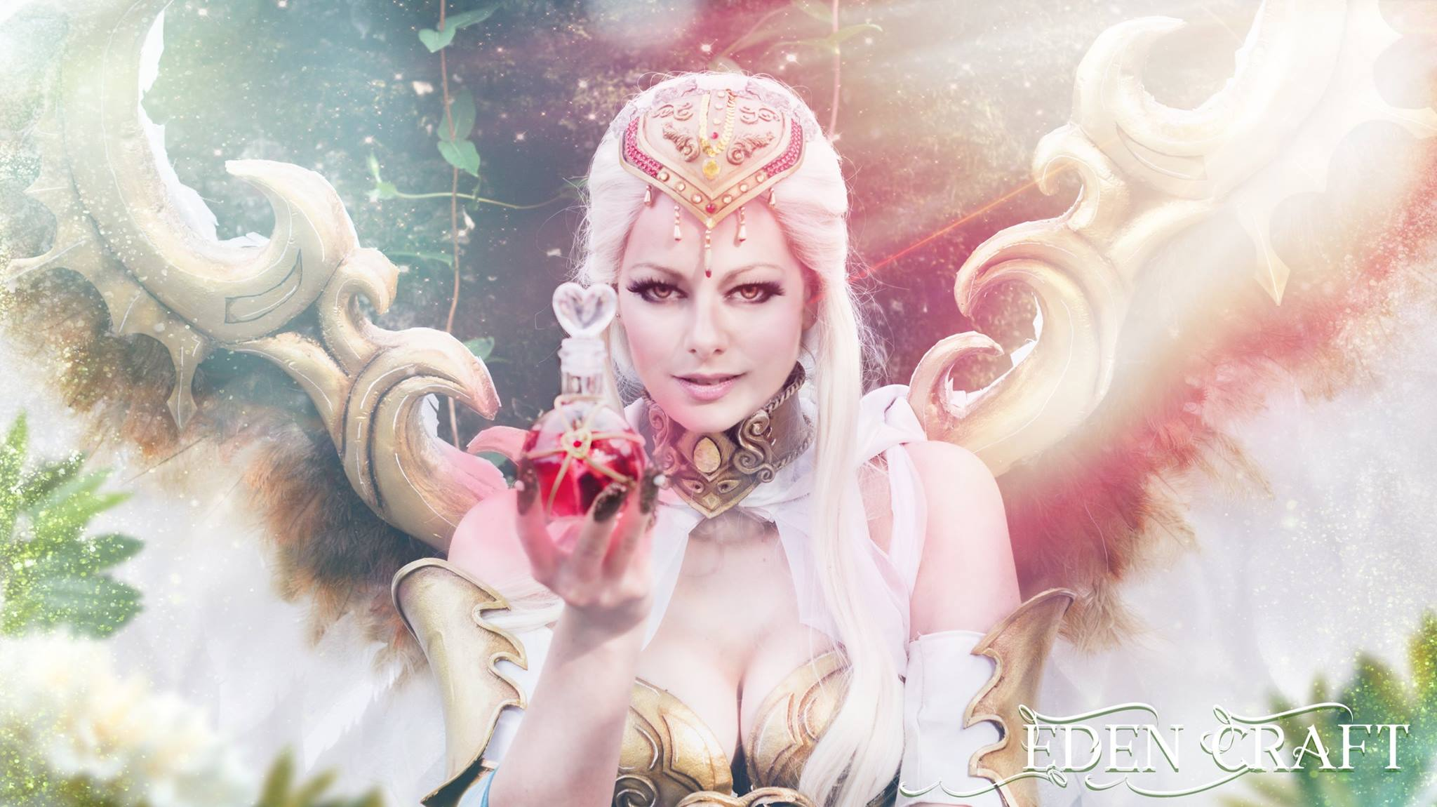 League of Angels 2 cosplay