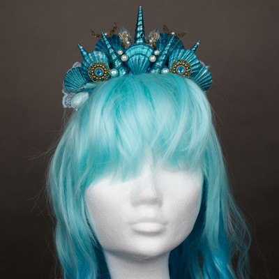 seashell headpiece